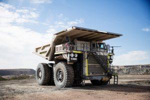 liebherr-t264-mining-truck-300dpi