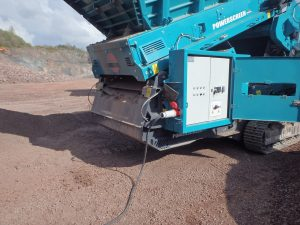 Powerscreen Warrior 1400XE - Powered by Premiertrak 600 jaw crusher_ok