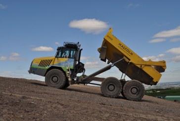 UN DUMPER TA300 DI TEREX TRUCKS PER MALCOM CONSTRUCTION