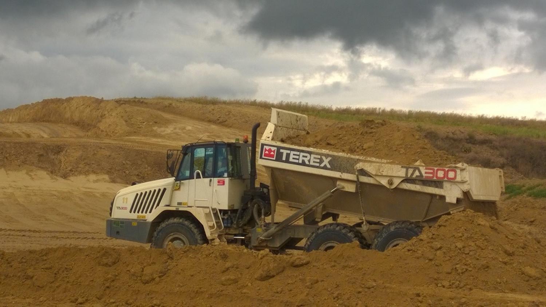TEREX TRUCKS TA300: CINQUE AL LAVORO IN AUSTRIA - Perforare -  - Industria estrattiva-mineraria News