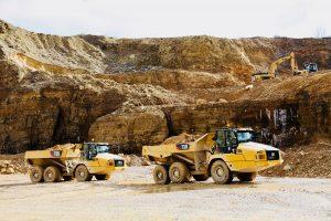 I NUOVI DUMPER ARTICOLATI DI CAT - Perforare -  - Macchinari per cave News